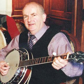 Martin Mulloy, with his trusty banjo, was a musician of some note and was known to people all over the country through his work as a driver of the AIB Mobile Bank.