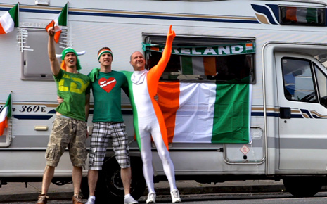 Enda Casey, Anto Mulligan and Ollie Conway are singing their way to the Euros.